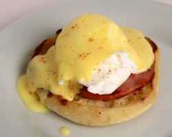Eggs Benedict Recipe – Laura Vitale – Laura in the Kitchen Episode 387