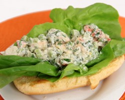 Lobster Roll Sandwich Recipe – Laura Vitale – Laura in the Kitchen Episode 582