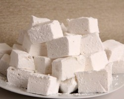 Homemade Marshmallows Recipe – Laura Vitale – Laura in the Kitchen Episode 896