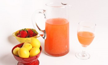 Homemade Pink Strawberry Lemonade – Laura Vitale – Laura in the Kitchen Episode
